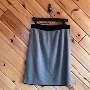 Exclusively Misook Gray Black Knit Midi Skirt L